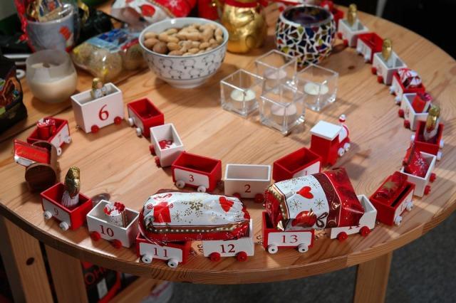 St. Nick Advent Calendar, crafts