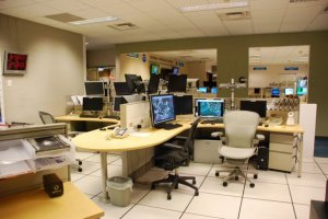 National_Hurricane_Center_HSU_desk